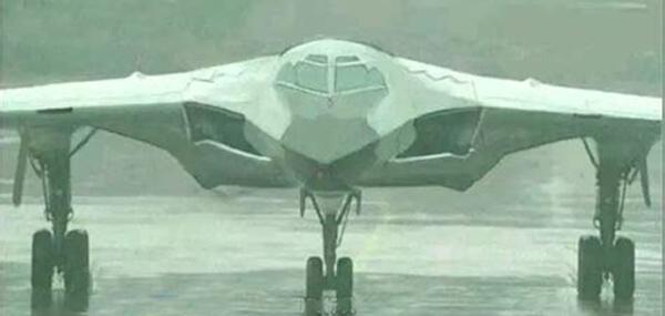 美媒:中国正研发中远程隐身轰炸机