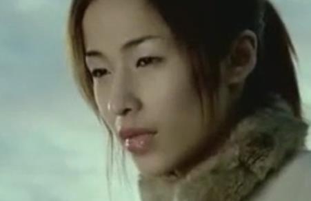 《最熟悉的陌生人》萧亚轩MV