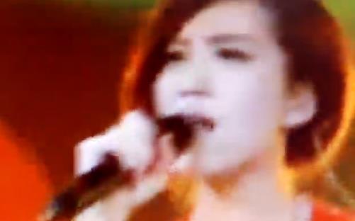 《冬天里的一把火》王紫格演唱
