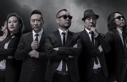 《相信自己》零点乐队MV